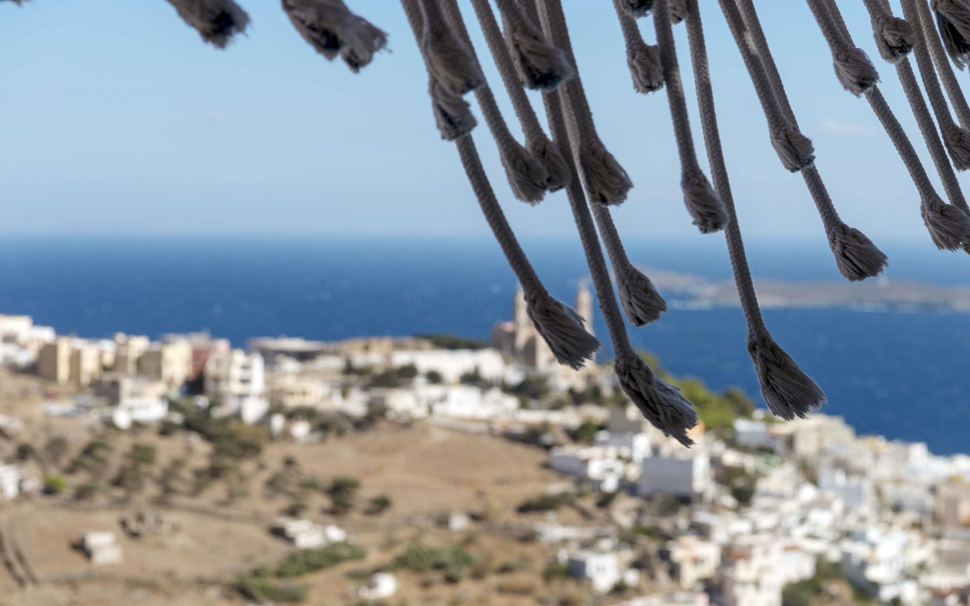 wind-tales-syros-afixis